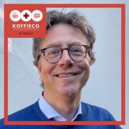 Afleveringplaatje van KoffieCo(rona) - Drs. Just de Boer