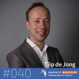 Afleveringplaatje van #040 Tjip de Jong, auteur -  Waarom het tijd is om anders te denken: een andere visie op groei en werk