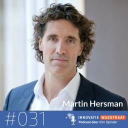 Afleveringplaatje van #031 Martin Hersman, voormalig schaatser, NOS commentator, managing partner Lifeguard - Waarom bewegen zo goed voor je prestaties is