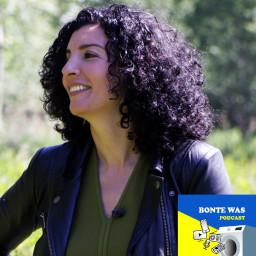 Afleveringplaatje van S2 AFL 7: Bonte Was Podcast met Nadia Zerouali