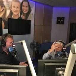 Afleveringplaatje van S2 E22 100 Jaar Radio - Hitparades in Nederland vanaf late 70's tot 2015 | met Ad Roland