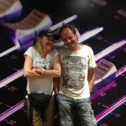 Afleveringplaatje van S1 E49 50 Jaar 3FM - Adam Curry en Simone Walraven [1987]