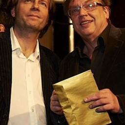 Afleveringplaatje van S1 E48 50 Jaar 3FM - Henk Westbroek [2001]