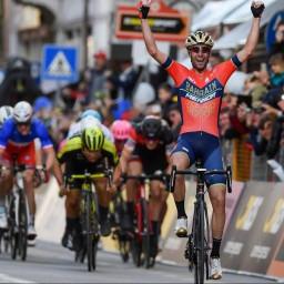 Afleveringplaatje van Etappe 2: Nibali wint Milaan-San Remo (& steelt onze harten)