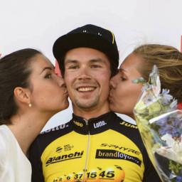 Afleveringplaatje van Etappe 17: Schansspringer Roglič wint de eerste Alpenrit