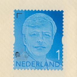Afleveringplaatje van met Ludwig Volbeda, over fabeldieren en postzegelpoppetjes
