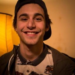Afleveringplaatje van Samy Meziani ontdekt het leven na 18 uur | RELAAS
