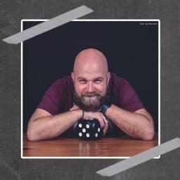 Afleveringplaatje van #63 | Jeroen Heremans over 5 gezelschapsspellen voor in de klas