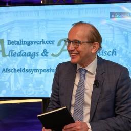 Afleveringplaatje van Het afscheidsgesprek van Piet Mallekoote, CEO van Currence en de Betaalvereniging